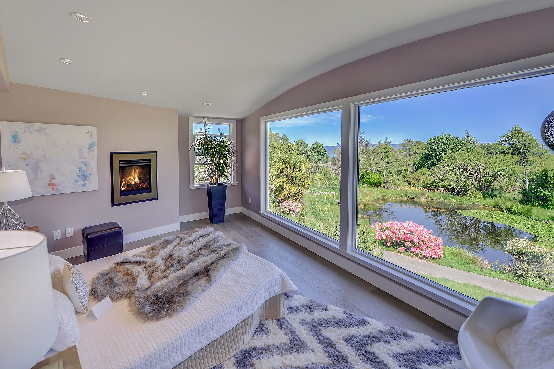 Locarno Master Bedroom Fireplace